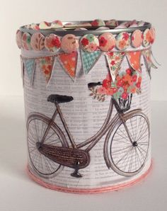 Recycled tin designed by Marie Chillmaid using Al Fresco paper pad.