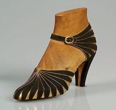 Art deco shoe 1930 beautiful