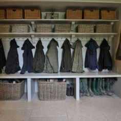 Cotswold Boot Room There every step of the way Daniel will manage your project from start to finish, with a meticulous eye for detail and an insistence for perfection. From your initial enquiry it can be as little as 5 weeks Boot Room Storage, Hallway Storage, Cloakroom Storage, Mudroom Laundry Room, Laundry Room Design, Boot Room Utility, Utility Room Designs, Dog Rooms, Pantry Design