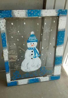Minimalist Window Christmas Decorations Ideas 43 – Home Design Sock Snowman, Crochet Snowman, Make A Snowman, Snowman Crafts, Snowman Ornaments, Snowmen, Crochet Santa, Christmas Ornaments, Eyes Nose