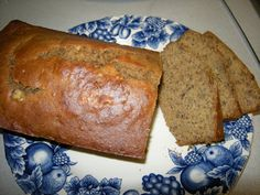 The Happy Hut: Crock Pot Banana Bread