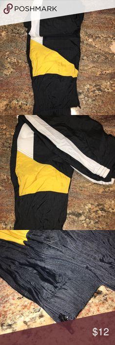 Men Track Pants NWOTs Size Large Mens Fashion Athletic Wear Size Large..Navy White & Gold...Never Worn ...New no Tags Mens Athletic Wear Pants Sweatpants & Joggers