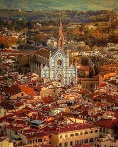 Santa Croce Basilica in Florence - Tuscany, Italy