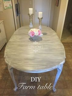 How to turn your table into a farm table using chalk paint. Dark Wood Dining Table, Oak Dining Sets, Diy Dining Room Table, Table And Chairs, Build A Farmhouse Table, Farmhouse Style Table, Farmhouse Decor, Furniture Makeover, Diy Furniture