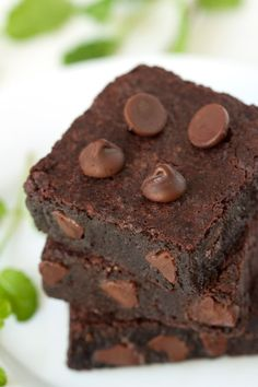 """gluten-free mint chocolate brownies: to be made with buckwheat flour. author's note """"personally i think buckwheat flour tastes like dirt but you can't taste it in here"""" lol"""