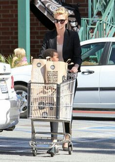 Charlize Theron Photos - 'Prometheus' actress Charlize Theron shops for groceries at Whole Foods with her son Jackson in West Hollywood, California on February - Charlize Theron Shops for Groceries With Her Son Universal City, Universal Studios, Charlize Theron Photos, West Hollywood, Hollywood California, Shopping Day, Celebrity Babies, Celebs, Celebrities