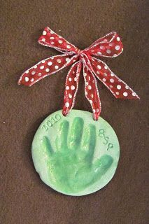 Getting Personal with the Pearsons.....: Hand Print Christmas Ornaments