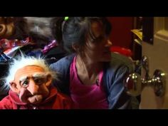 Nina Conti: Her Master's Voice - Introducing The Monkey