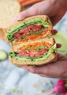 22 Vegetarian and Vegan Sandwiches to get you inspired for lunch time! Vegan wraps, vegetarian burritos, vegan burgers, vegan sandwiches, and more! Vegan Sandwich Recipes, Veggie Sandwich, Healthy Sandwiches, Vegetarian Sandwiches, Panini Sandwiches, Veggie Wraps, Veggie Food, Sandwich Cake, Lunch Meal Prep