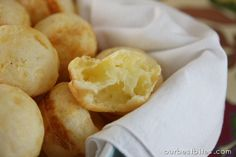 Quick Brazilian Cheese Rolls {Pao de Queijo} - naturally gf, and super easy to prepare!