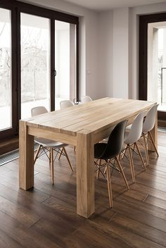 Farmhouse table plans & ideas find and save about dining room tables . See more ideas about Farmhouse kitchen plans, farmhouse table and DIY dining table Dinning Table Design, Wooden Dining Tables, Oak Table, Rustic Table, Dining Room Table, Diy Esstisch, Esstisch Design, Woodworking Furniture, Wood Furniture