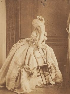 Virginia Oldoini, Countess of Castiglione (1837 – 1899), better known as La Castiglione, was an Italian aristocrat who achieved notoriety as a mistress of Emperor Napoleon III of France. She was also a significant figure in the early history of photography. Here are some of stunning vintage portraits of Countess De Castiglione.