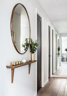 miroir pour entrée, entrée longue et belle avec miroir rond