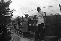 Dona Zica e Cartola, na Mangueira em 1975.