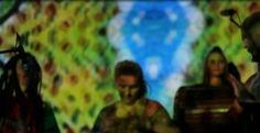 Fragment koncertu – Djembe Planet – WOŚP 2014 – Chmura Artystyczna – Tajemnicze etniczne klimaty i głębokie brzmienie. Pierwszy koncert Djembe Planet z naszymi wizualizacjami. Chodzieski Dom Kultury, 12.01.2014 – 22 Finał WOŚP. Dziękujemy za dobrą energię! http://youtu.be/aSnF11u91Cc