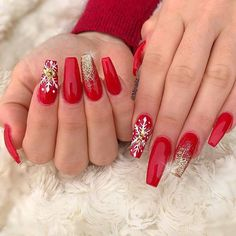 nails, You can collect images you discovered organize them, add your own ideas to your collections and share with other people. Chistmas Nails, Cute Christmas Nails, Xmas Nails, Holiday Nails, Cute Acrylic Nails, Acrylic Nail Designs, Gorgeous Nails, Pretty Nails, Nail Art Noel