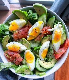 Avocado Lox Salad Healthy Recepies, Healthy Eating Recipes, Healthy Snacks, Avocado Recipes, Salad Recipes, Lox Recipe, Cooking Light Recipes, Dessert, Healthy Fruits