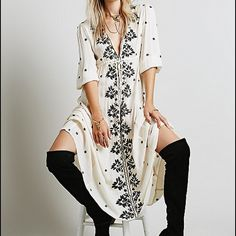 $168 Free People White Embroidered Maxi Dress M NWT Size M This dress is still on sale at FP.com for $168 No trades Price is firm unless purchased with another item. Free People Dresses Maxi
