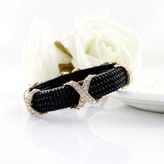 Black Bead Crystal Bracelet pictures
