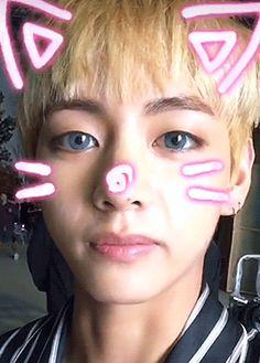taehyung ( ∩ˇωˇ∩)♡