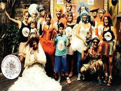 Todo ano durante o período pré-Carnaval, Nóis Trupica Mais Não Cai realiza o Concurso de Marchinhas, que reúne músicos, compositores e foliões. Após o concurso, o bloco sai pelas ruas da Vila Madalena. No repertório, destacam-se as vencedoras. Confira as três campeãs, pelo voto dos jurados.