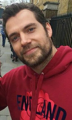 Henry Cavill Hi Henry i work today an the reception now i go put my legs high a nurse come now put my socks i have hongry again from last weekend before at al the place where i'm wounded is about 3cm diameter this i no text that make you smile no matter what the time i whas whitout pc the time go fast i whas always reading i rest very good the water is away when i stand up i sit on the desk no water no risk i go put them hight after eating i go fast on fb for chat Nan See you later