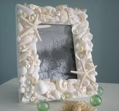 I just love peoples creativity! and you can see an example of that in this portrait made out of shells!