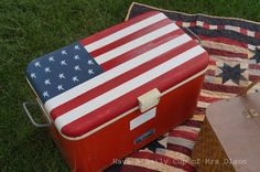 painting an old cooler like an american flag, crafts, painting, patriotic decor ideas, seasonal holiday decor Painting Fabric Furniture, Fabric Painting, Flag Painting, Sorority Canvas, Sorority Paddles, Sorority Crafts, Sorority Recruitment, Garage Sale Finds, Cooler Painting