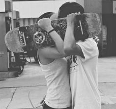 Find images and videos about skate, skateboard and skater on We Heart It - the app to get lost in what you love. Cute Relationships, Relationship Goals, Relationship Pictures, Perfect Relationship, Girls Skate, Tumblr Love, Fotos Goals, Foto Casual, Young Love