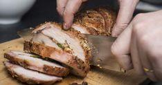 Découvrez cette recette de Longe de porc grillée et farcie à l'uruguayenne pour 4 personnes, vous adorerez! Pork Tenderloin Sandwich, Grilled Pork Loin, Pork Fillet, Pork Roast, Celery Recipes, Pork Recipes, Santorini, Greek Dishes, Main Dishes