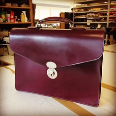 #briefcase #cordovan #cordovanbriefcase #cherrycordovan #horween #kreis…