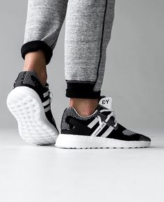 The Y-3 catelog is a very large one but the boost integration could use a few more silhouettes to their line up. However this new Pure Boost ZG Knit may be the answer to our prayers. The mostly all Primeknit upper features a timeless black/white color theme paired with splashes of premium leather accents. You can scoop these up at places like END Clothing here now. By @parker #boostVIBES