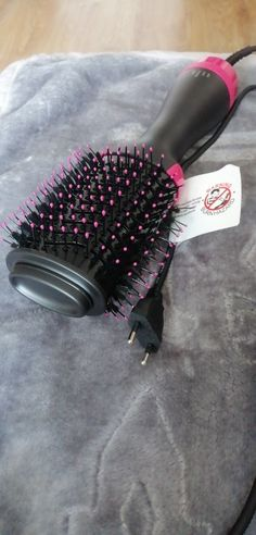 One Step Hair Dryer & Volumizer in Protective Hairstyles, Cool Hairstyles, Curled Ends, Hair Dryer Brush, One Step, Ceramic Coating, Ceramic Materials, Wet Hair, Hair Conditioner