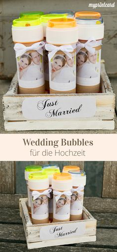 Voll im Trend: Wedding Bubbles für die Hochzeit. Die Seifenblasen könnt ihr als kleines Gastgeschenk vorbereiten und eure Gäste dürfen beispielsweise zum Auszug aus der Kirche euch mit Seifenblasen begrüßen.