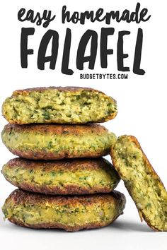 are an ultra flavorful Mediterranean bean patty packed with fresh herbs . Falafel are an ultra flavorful Mediterranean bean patty packed with fresh herbs .Falafel are an ultra flavorful Mediterranean bean patty packed with fresh herbs . Veggie Recipes, Whole Food Recipes, Diet Recipes, Cooking Recipes, Healthy Recipes, Simple Vegetarian Recipes, Healthy Vegetarian Recipes, Vegetarian Meals For Kids, Plant Based Recipes