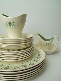 21 pcs Taylor Smith Taylor Harmony House Dey Ray / Mid Century Modern Dinnerware