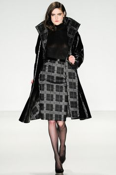 Pamella Roland | Fall 2014 Ready-to-Wear Collection | Style.com #Classic #Fashion