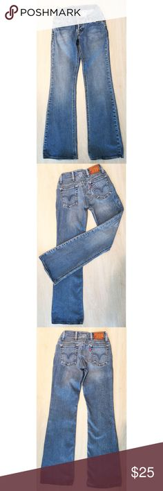 """Levi's """"Two Low"""" Denim Jean Size:25M Rare Women's LEVI'S TWO LOW Jean Extreme Low Rise Two Button Fly. Slim Fit. Bootcut Jean.  Great Pre-Owned Condition SIZE 25M  Rise:6.5"""" Length:39"""" Waist: 13"""" Inseam:32""""  Made In USA 98.7% Cotton, 1.3% Lucra Spandex Levi's Jeans Boot Cut"""