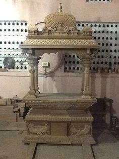 Temple Design For Home, Home Temple, Temple House, Mandir Design, Pooja Room Design, Temple Architecture, Indian Architecture, Wooden Door Design, Wooden Doors