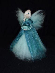 Wohndekoration - Edelstein-Fee *Amazonit* aus Märchenwolle - ein Designerstück von sommerli bei DaWanda