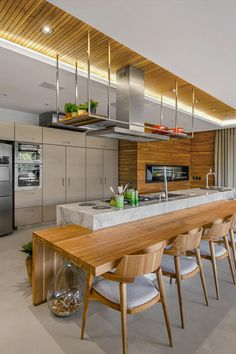 55 modern kitchen ideas decor and decorating ideas for kitchen design 2019 37 Modern Farmhouse Kitchens, Farmhouse Style Kitchen, Home Decor Kitchen, New Kitchen, Home Kitchens, Kitchen Dining, Kitchen Ideas, Modern Kitchen Design, Interior Design Kitchen