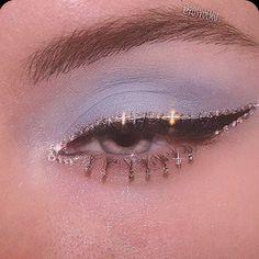 Makeup Eye Looks, Eye Makeup Art, Cute Makeup, Skin Makeup, Makeup Inspo, Eyeshadow Makeup, Makeup Inspiration, Grunge Eye Makeup, Makeup Ideas
