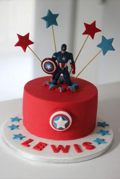 This Captain America Cake was made for a birthday boy who is a die hard Avengers Fan! The cake is a decadent double chocolate sponge with a smooth and creamy chocolate buttercream! - Visit to grab an amazing super hero shirt now on sale! Avengers Birthday Cakes, Superhero Birthday Party, Boy Birthday, Cake Birthday, Birthday Ideas, Pastel Capitan America, Bolo Thor, Anniversaire Captain America, Captain America Party