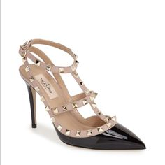 Authentic Valentino Rockstud Pumps