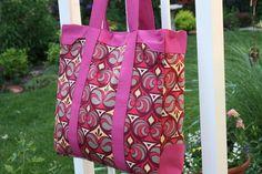 Sew Sweetness: Tutorial: Naughty Secretary Bag  I LOVE THIS!! She has a ton of great purse tuts!!