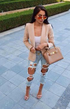 Find More at => http://feedproxy.google.com/~r/amazingoutfits/~3/6OvXK2Db-sM/AmazingOutfits.page