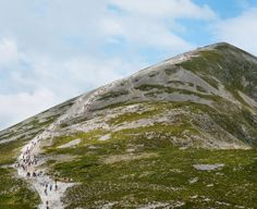 Climbing Croagh Patrick in Ireland. Photo by Kenneth O Halloran, New York Times.