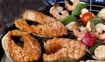 Jak správně grilovat ryby - Príma receptář.cz Bagel, Grilling, Bbq, Meat, Chicken, Barbecue, Barbacoa, Crickets, Grill Party