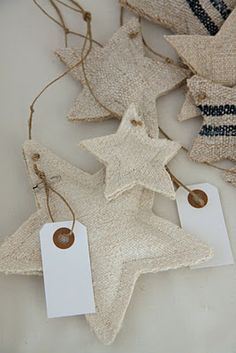 Stars from an awesome Norwegian blog made from grain sacks...Lovely!