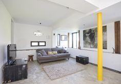 concrete floor, pillar, modern house, supporting an rsj